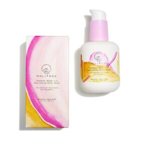 HoliFrog Tashmoo Water Lily Nourishing Milky Wash. Cleansers and exfoliators